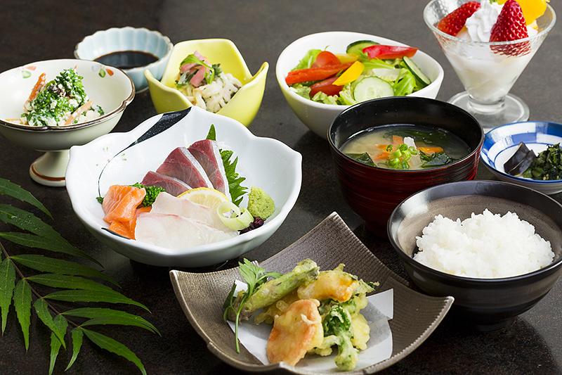 百菜庵和定食 ¥1,800(税込¥1,980)