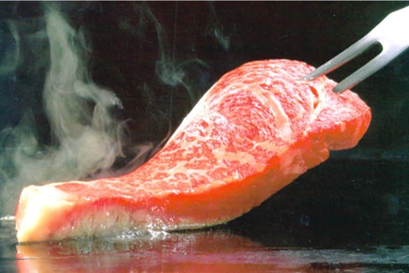 サーロインステーキ200g(ライス・スープ付) ¥1,800(税込¥1,980)