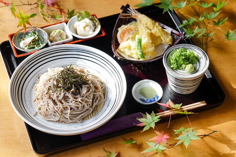 天ざるそば ¥1,180(税込¥1,290)