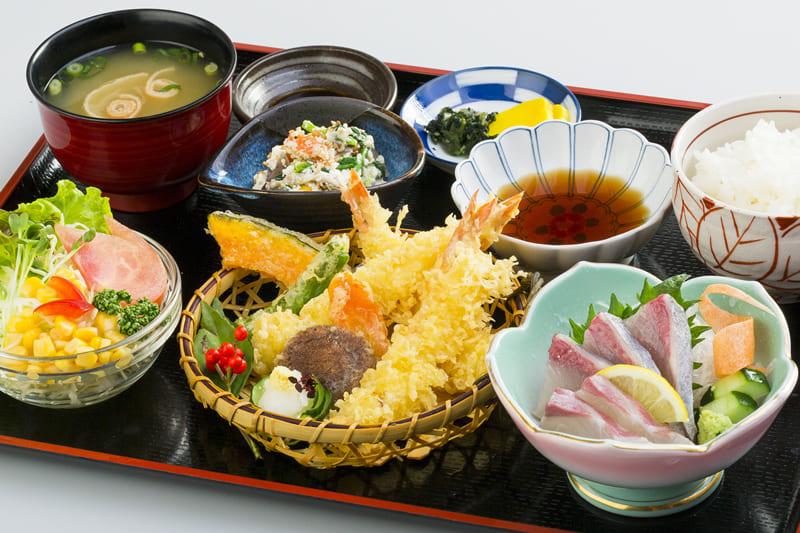 天ぷら定食 ¥1,250(税込¥1,370)