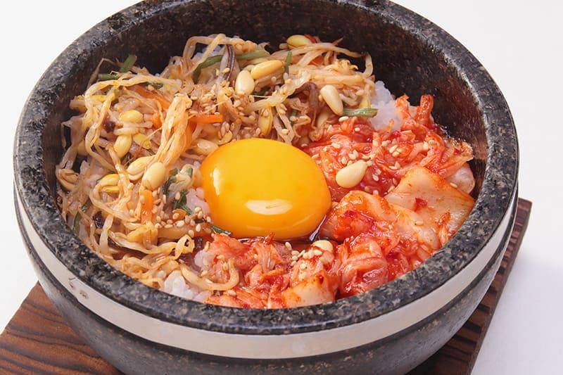 石焼きビビンバ(スープ付) ¥780(税込¥850)